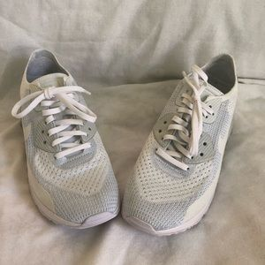 Women's Nike air max sneakers size 10 new